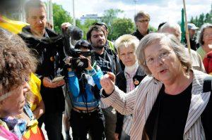 Bärbel Höhn vor dem Grünen-Sonderparteitag