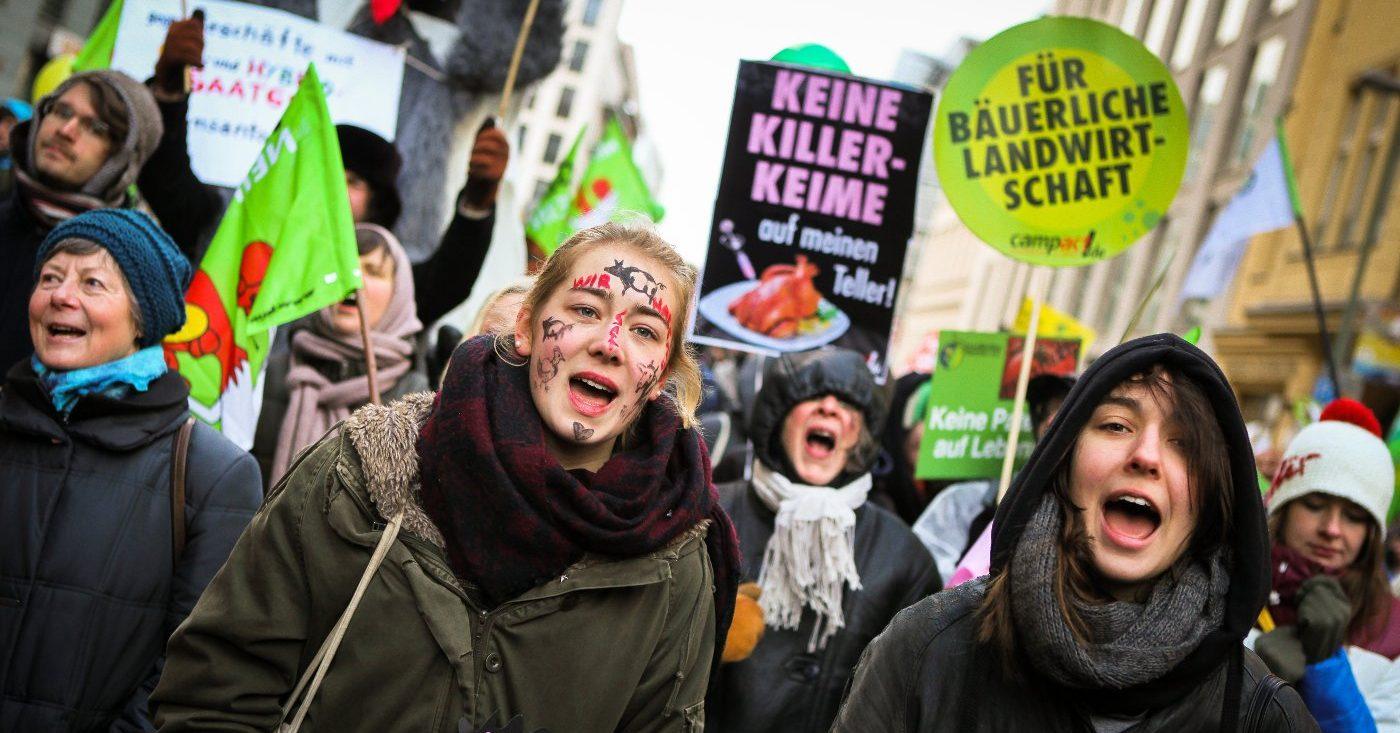 Wir haben es satt - Demo in Berlin / Fotos von Jakob Huber/ Campact e.V. Frei zur Nicht-Kommerziellen Nutzung (siehe creative commons-Lizenz). Für kommerzielle Verwendung wenden Sie sich bitte an Jörg Haas, presse@campact.de