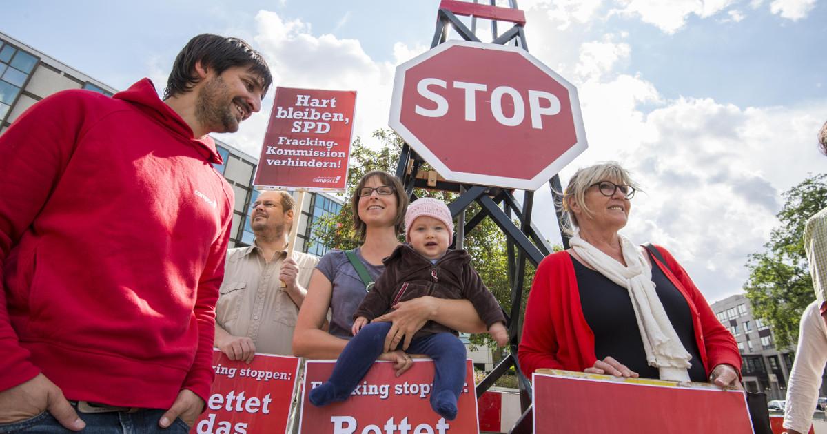 Am Rande der Klausur der SPD-Bundestagsfraktion in Mainz appellierten Umweltschützer der Bürgerbewegung Campact an die Partei, in der Auseinandersetzung um Frackinghart zu bleiben.