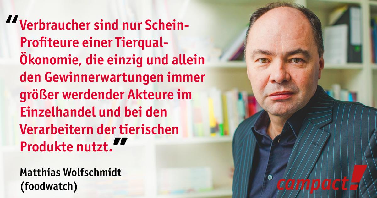 Zitat von Matthias Wolfschmidt, foodwatch zu Megaställen. Grafik: Sascha Collet/Campact (CC)