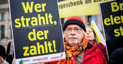 Aktion zur Atomsteuer. Fotos von Jakob Huber/Campact Frei zur Nicht-Kommerziellen Nutzung