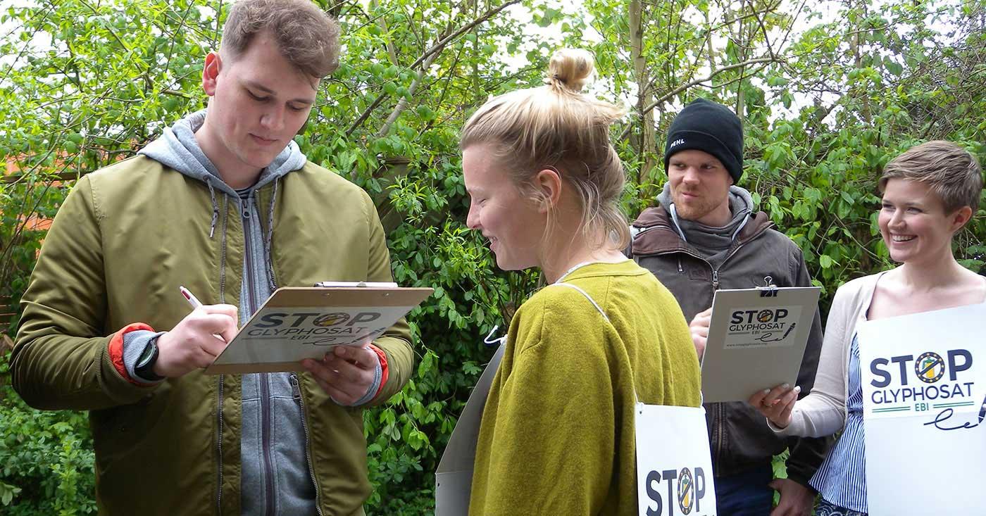 Glyphosat-Aktionstag: Unterschriften sammeln gegen das Monsanto-Gift