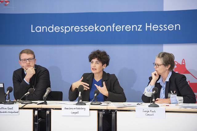 Vorstellung der Studie #Hass im Netz (IDZ/Campact) auf einer Pressekonferenz im Oktober.