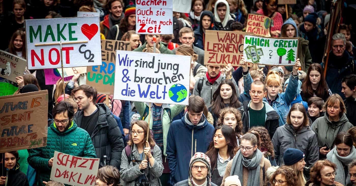 Foto von Schulstreik fürs Klima: Wir sind jung und brauchen die Welt