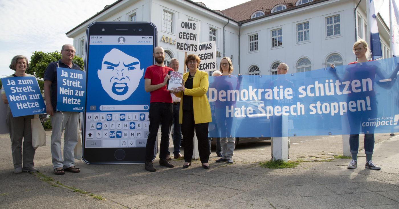 Campact-Aktion gegen Hate Speech vor der Justizminister*innenkonferenz in Travemünde, Juni 2019
