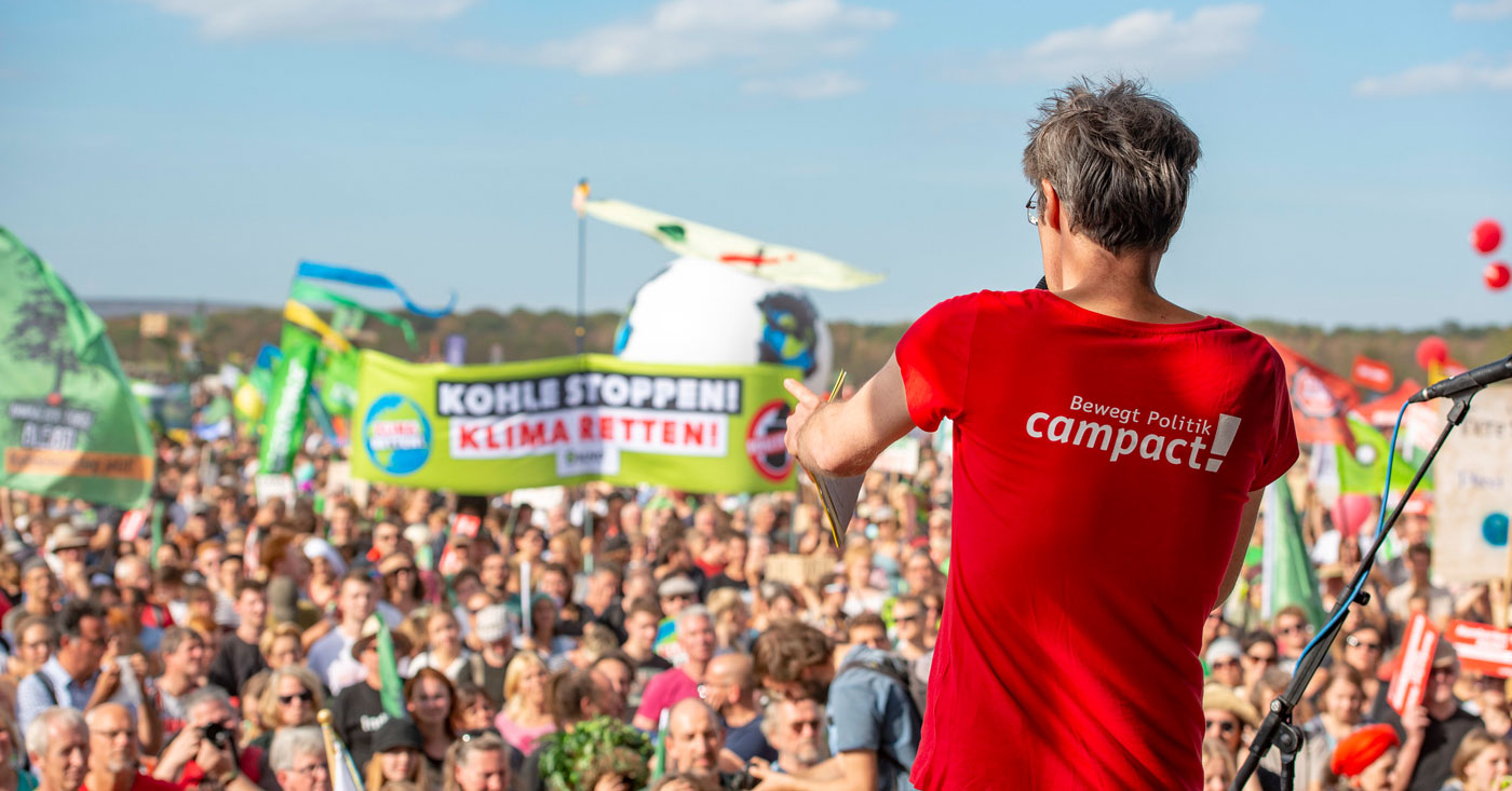Hambacher Wald retten! Campact-Protest im Jahr 2018. Alle Infos im Transparenzbericht.