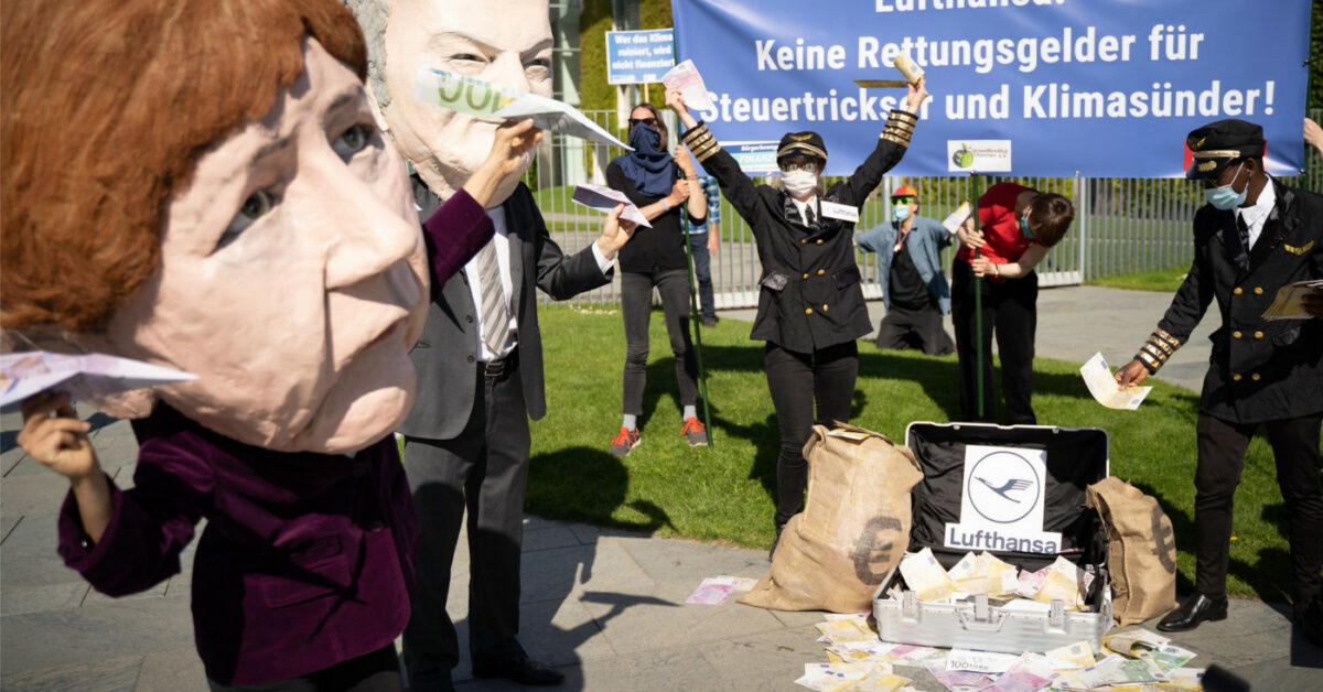 Aktion gegen Lufthansa-Deal in Berlin