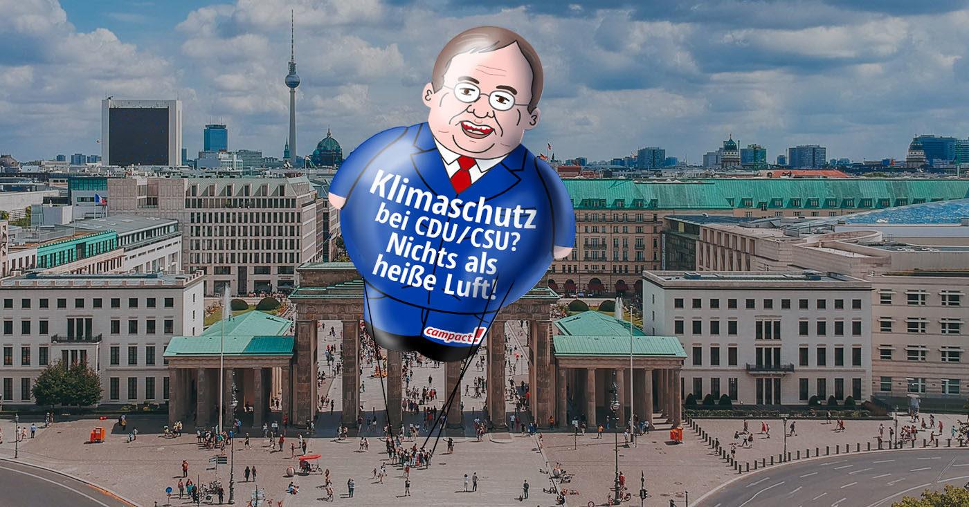 Laschet-Ballon über Berlin - jetzt Campact-Aktion unterstützen