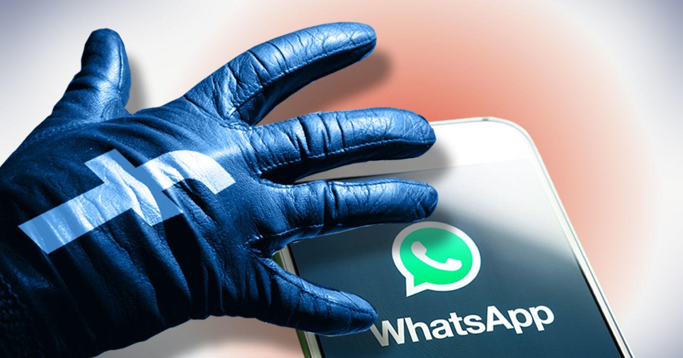 Foto auf dem ein Handschuh mit Facbook-Logo nach einem Handy mit WhatsApp Icon greift: Facebook: Stopp den Datenklau bei Whatsapp! Jetzt Campact-Petition unterzeichnen