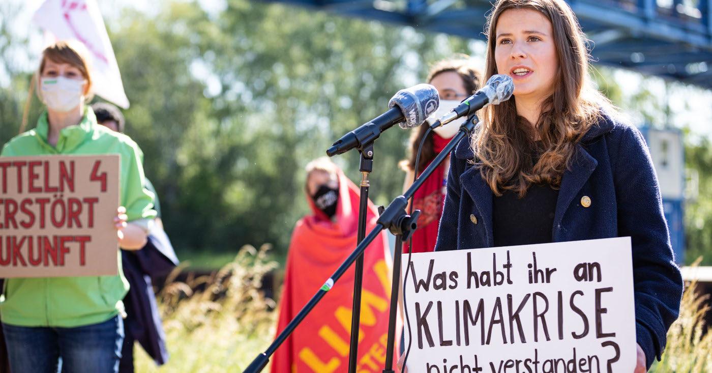 Luisa Neubauer von Fridays for Future ruft auf: Kommt alle zum Klimastreik am 24. September! Die Bundestagswahl am 26. ist eine wichtige Wahl, bei der allen klar sein muss: Klima ist das Thema Nummer 1!